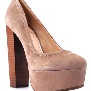 Jessica Simpson stacked pumps
